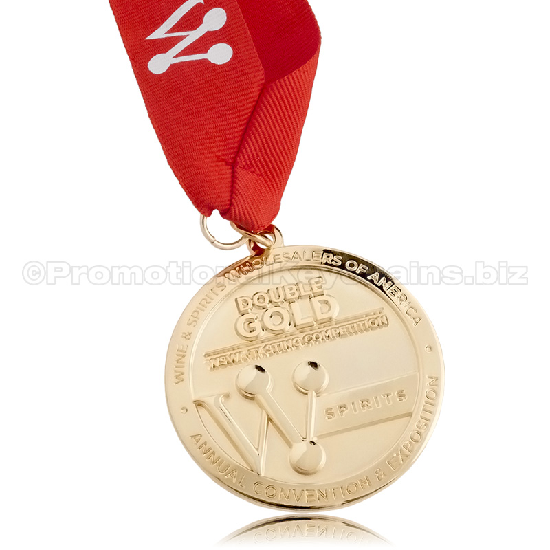 Custom medal with polished gold finish